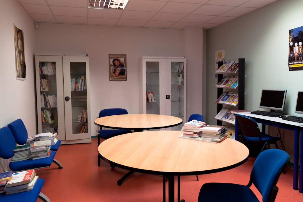 Centre de documentation-salle de recherche - Copie